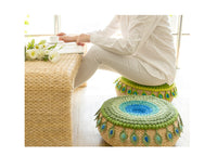 Shereo's crochet pattern+video tutorial of green Peacock feather cushion
