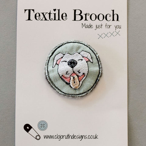 Clojo Brooch Staffy
