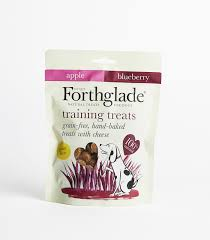 Forthglade Heart-Shaped Training Treats with Apple & Blueberry