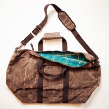 Load image into Gallery viewer, Waxed Weekender Duffle