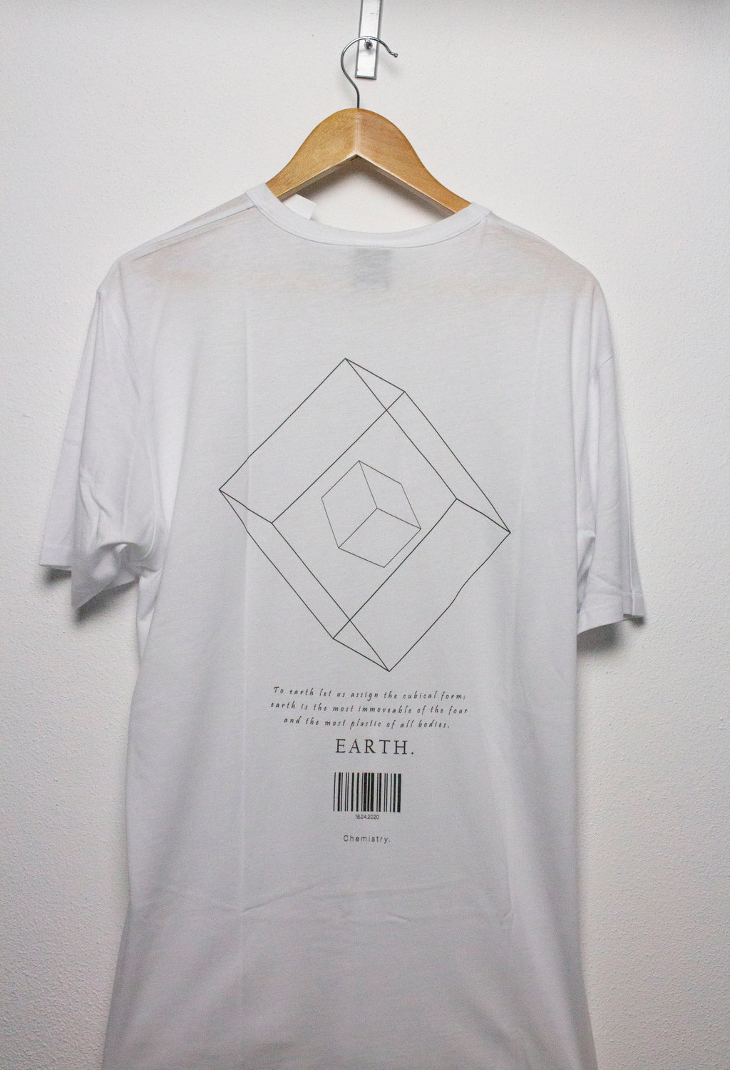 T-SHIRT EARTH