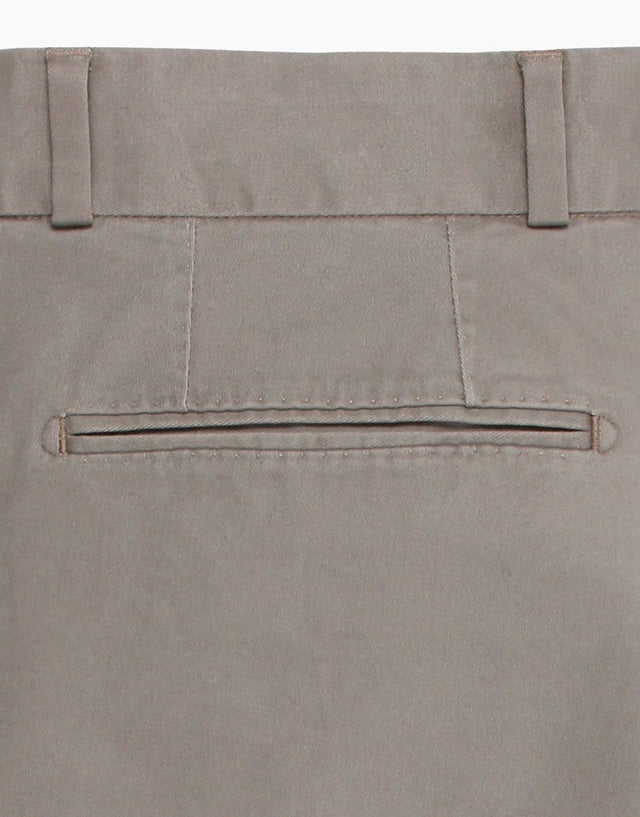 Beck taupe twill chinos