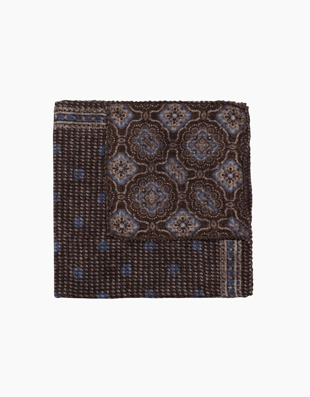 Brown pais/dot reversible pocket square