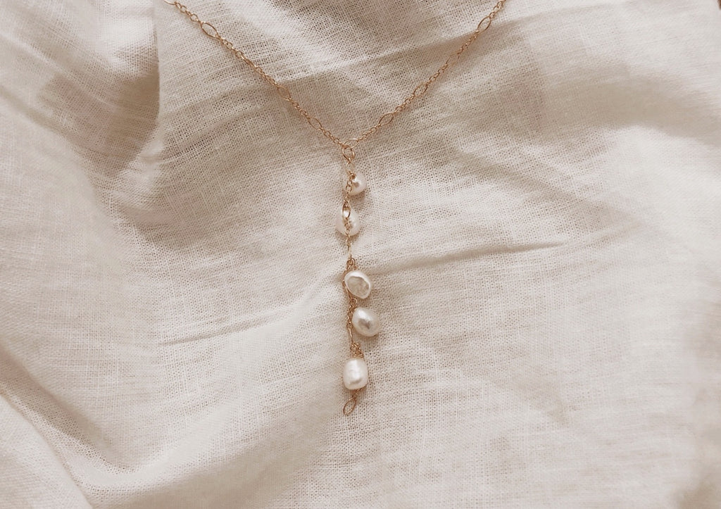 Pearl Dropped Necklace