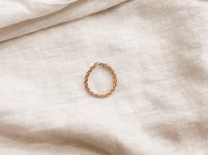 Thick Woven Chain Ring