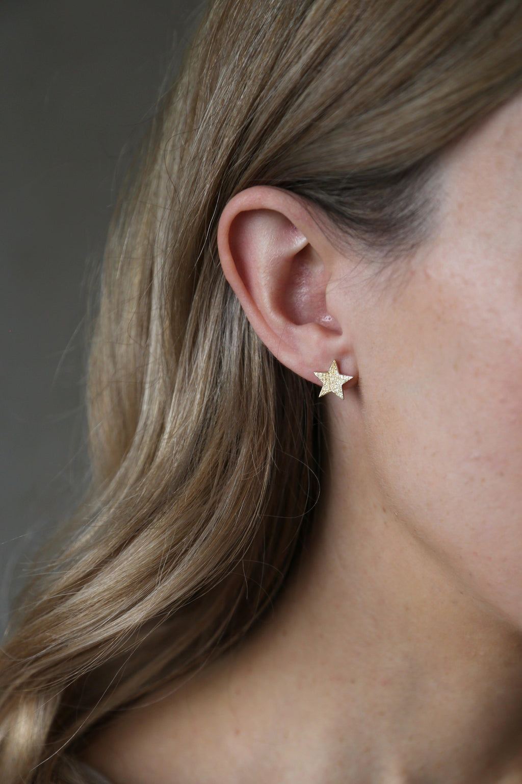 Alpha Earrings Gold