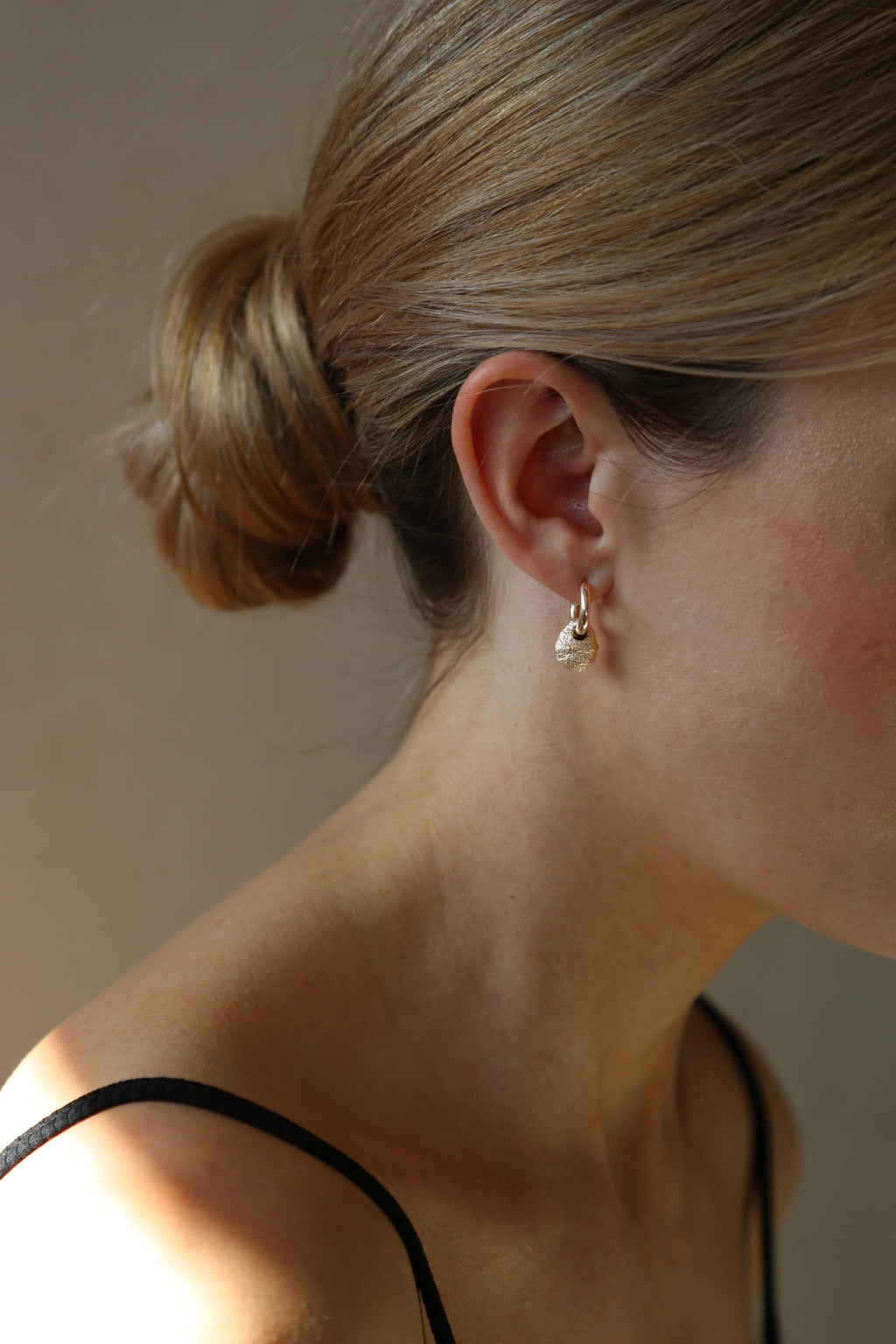 Priory Earrings Gold