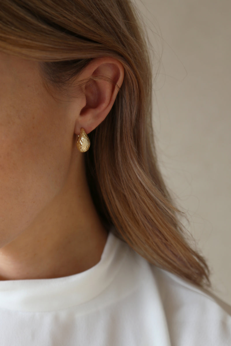 Dome Earrings Gold