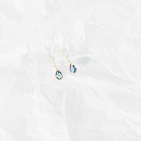 AlaÏa earrings in Blue Crystal