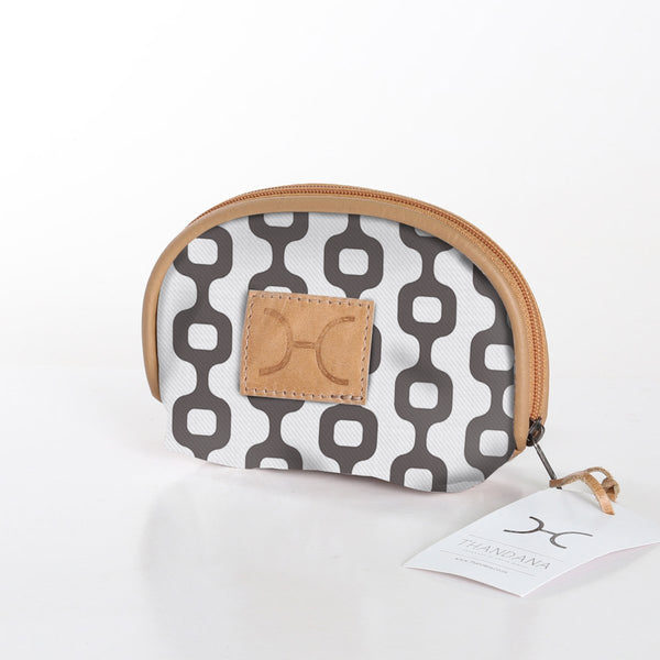 Makeup Bag in Rabbit