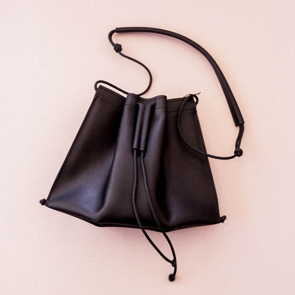 Trapeze Sling in Black