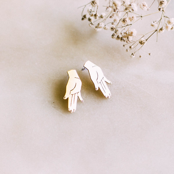 Hand Earrings by Yellow Jewellery