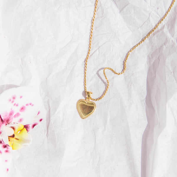 Mon Amore Necklace