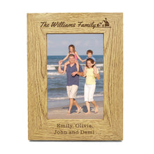 "Load image into Gallery viewer, Personalised Engraved 7"" X 5"" Wood Photo Frame Family Gift - EDSG"