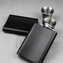 Load image into Gallery viewer, Personalised Hip Flask - Gift for Best Man Groomsman - EDSG
