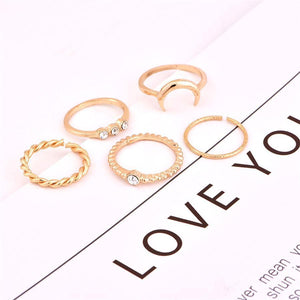 PMS Rings Gold / one size Sweet and lovely moon diamond ring set