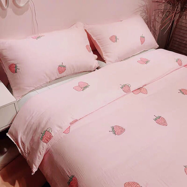 Cute Strawberry Bedding Set PN2312