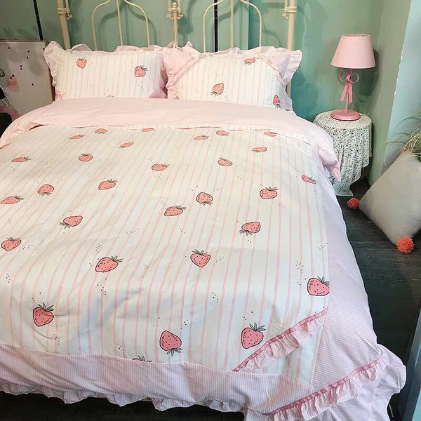 Pretty Strawberry Bedding Set PN2311