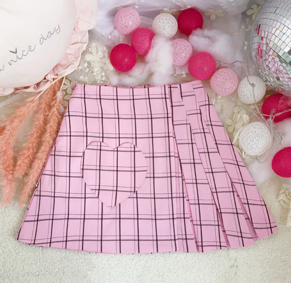 Fashion Embroidered Hearts Pleated Skirt PN2067