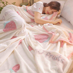 Fashion Strawberry Blanket PN2981