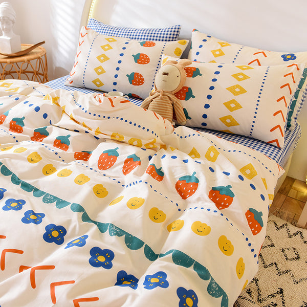 Flowers and Strawberry Bedding Set PN2590