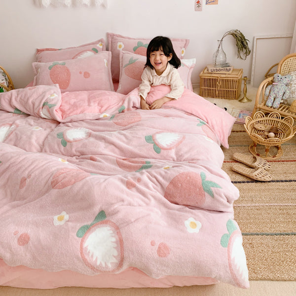 Fashion Strawberry Bedding Set PN2573
