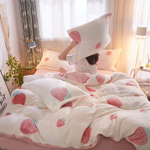 Cute Strawberry Bedding Set PN3444