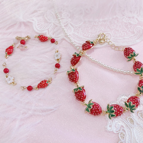 Sweet Strawberry Bracelet PN3678