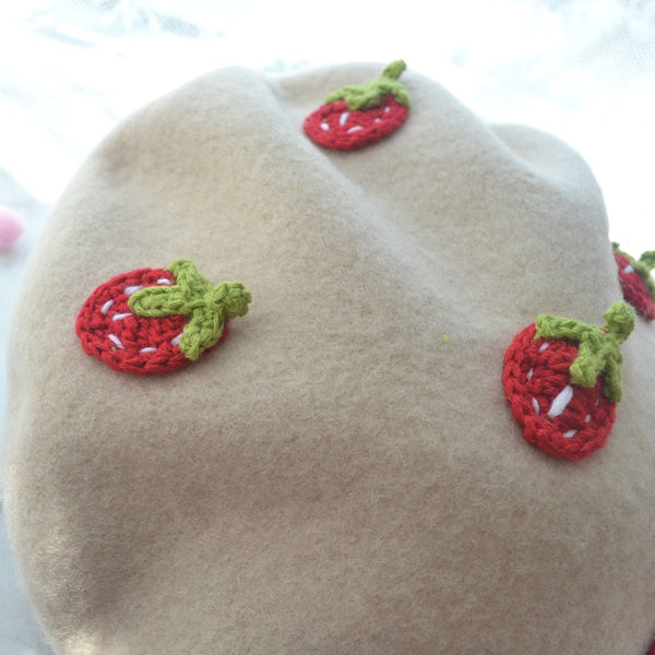 Kawaii Strawberry Beret PN2168