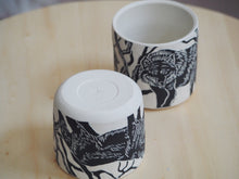 Load image into Gallery viewer, Wolf Mini Planter / Cup I