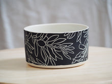 Load image into Gallery viewer, Black Olive Bowl II