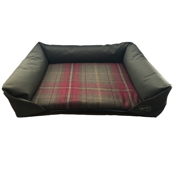 Hem and Boo Country Check Green Dog Bed