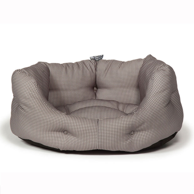 Vintage-Dogstooth-Deluxe-Slumber-Bed