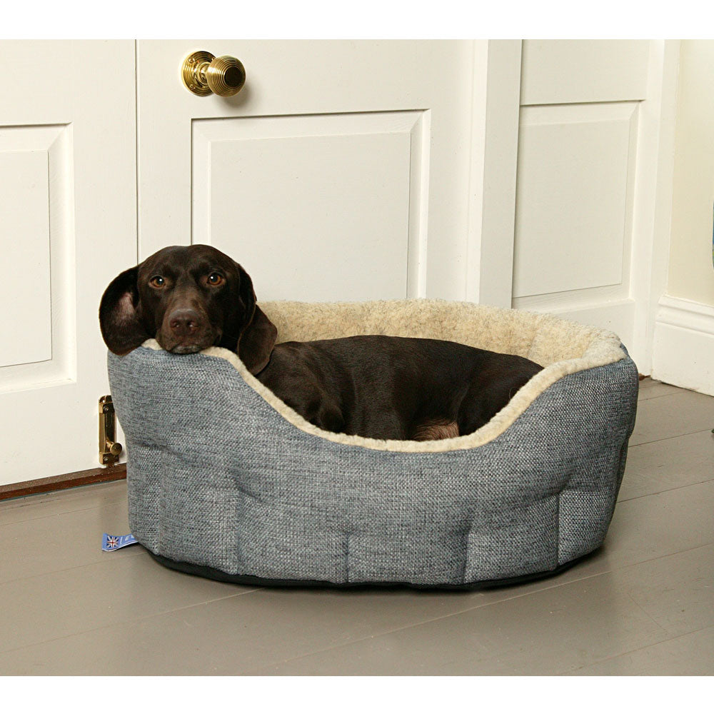 Pets & Leisure Premium Heavy Duty Basketweave Bed with Fleece Lining by Dogs Dogs Dogs