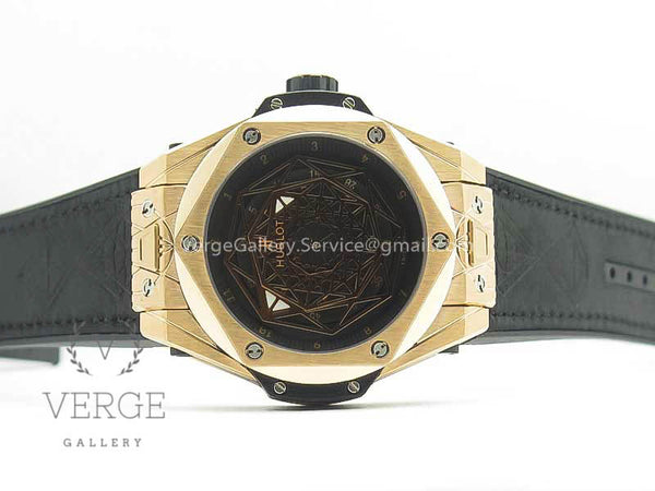 BIG BANG SANG BLEU RG SKELETONAL DIAL ON GUMMY STRAP ASIAN TMF