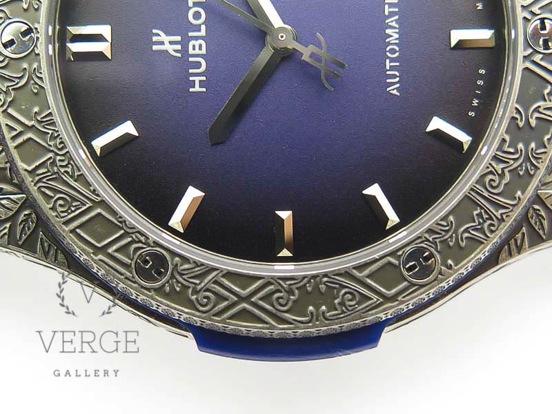 CLASSIC FUSION 45MM SS ENGRAVINGS CASE BLUE DIAL ON BLUE GUMMY STRAP SRF