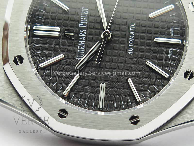 ROYAL OAK 41MM 15400 SS BLACK TEXTURED DIAL ON SS BRACELET V3 JF
