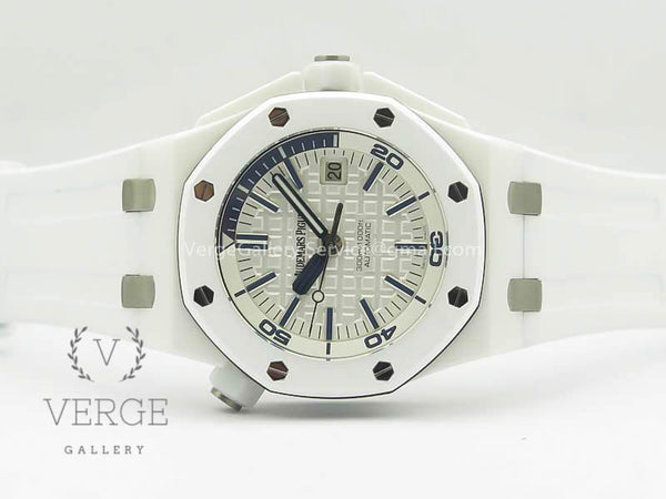 ROYAL OAK OFFSHORE DIVER SOLID WHITE CERAMIC ON WHITE RUBBER STRAP V2 JF