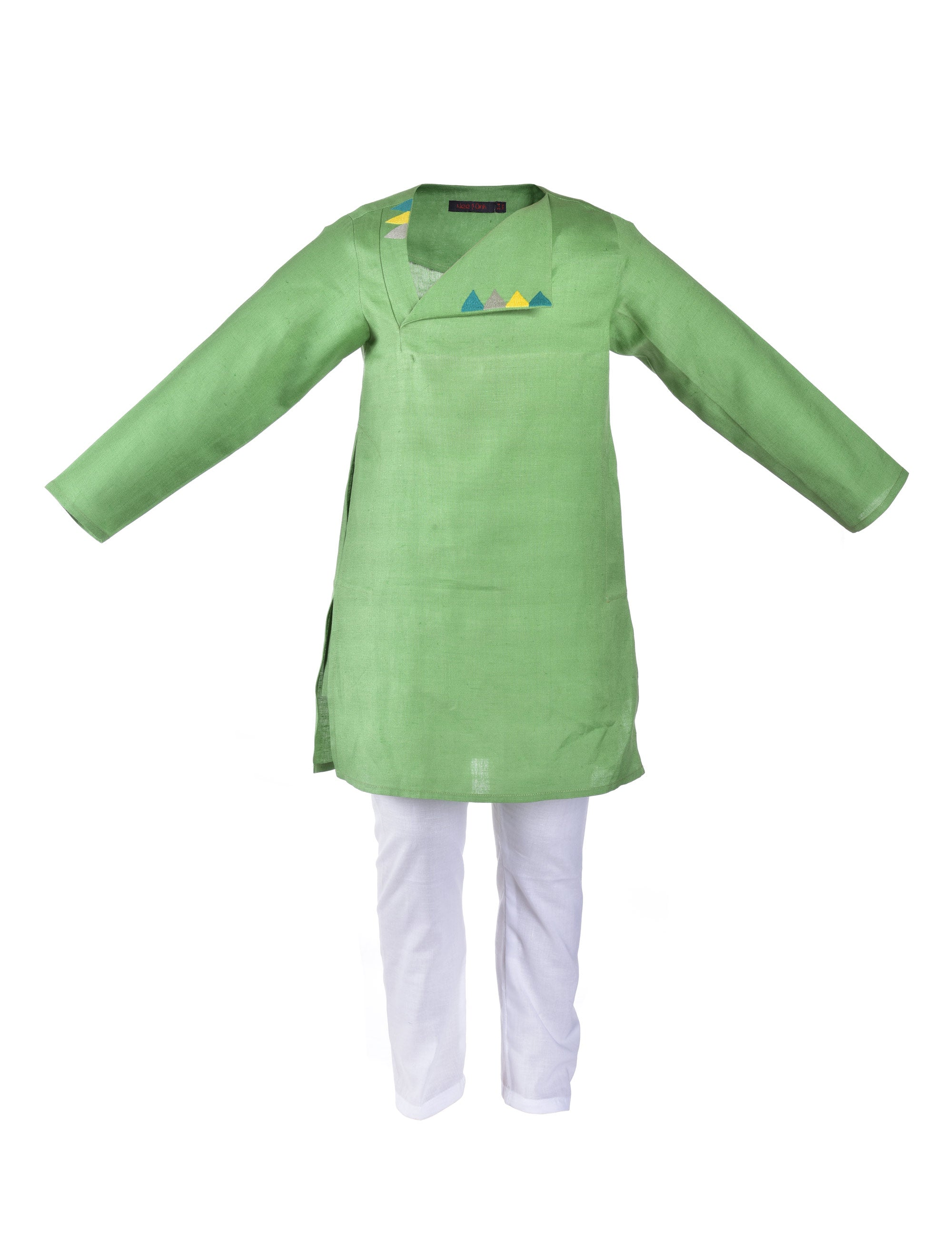 Green kurta with multicolour triangle embroidered at front