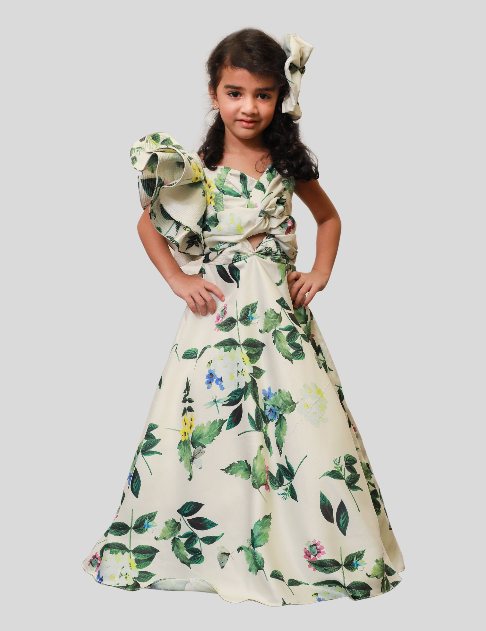 One - Shoulder Knot Gown in White-Green for Girls