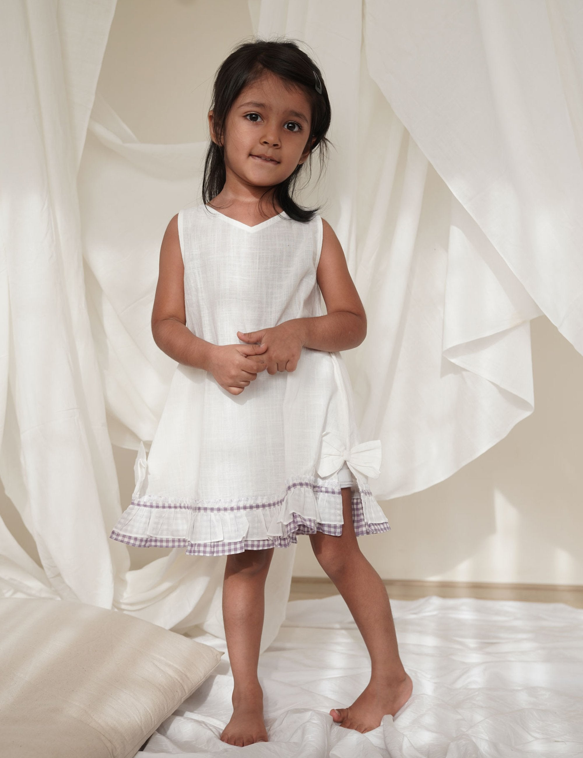 White Classic Sleeveless Dress with Purple Frill