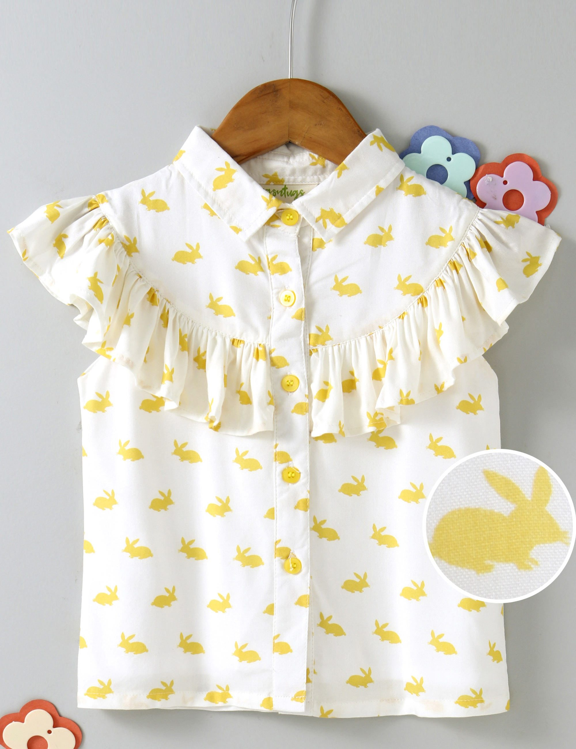 Short Sleeves Bunny Print Top Of White Colour.