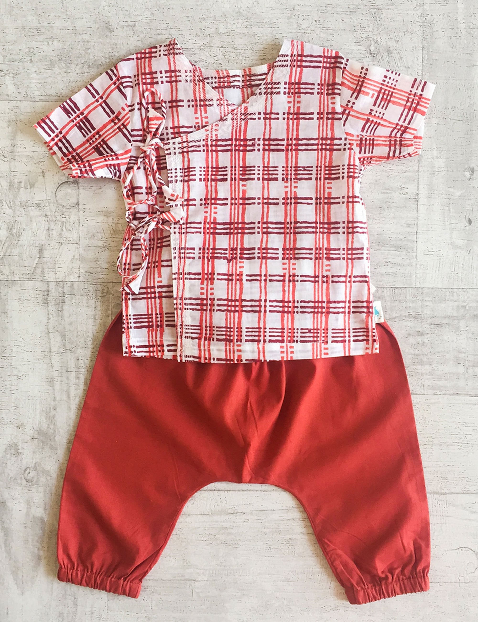 Checks Print Top with Pajama In White and Red Colour for Girls and Boys