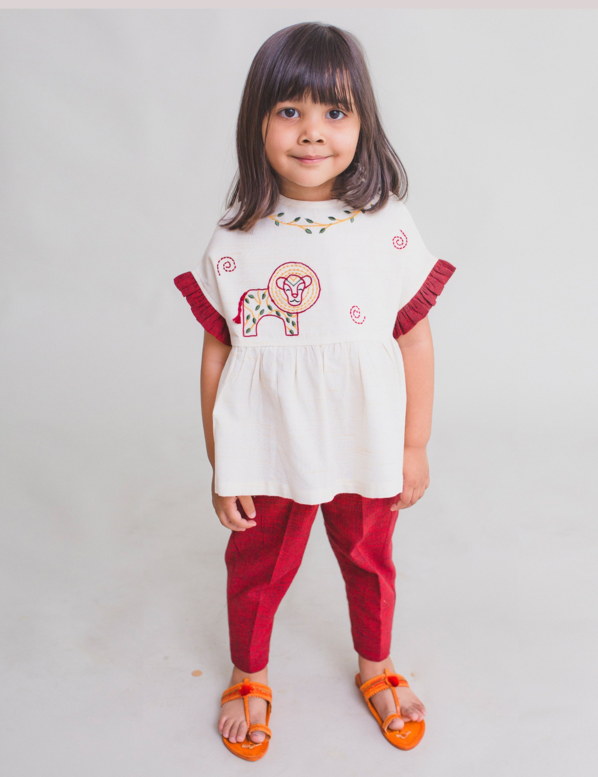 Girl Top Set Gond White Lion