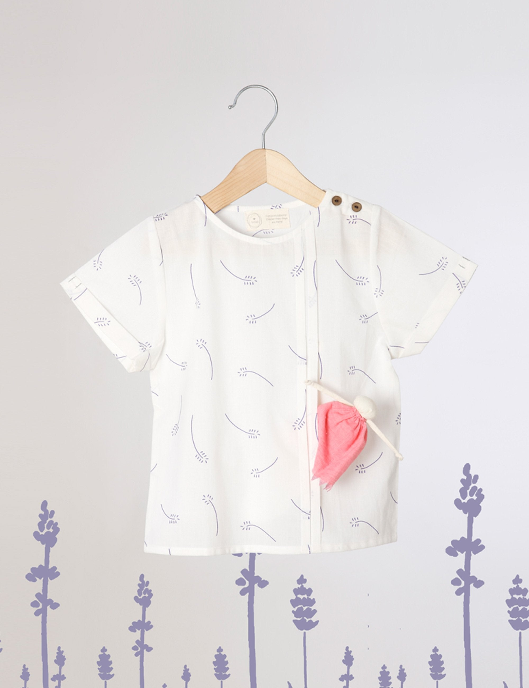 Hidden Pocket Organic Cotton T-Shirt In White Lavender Floral