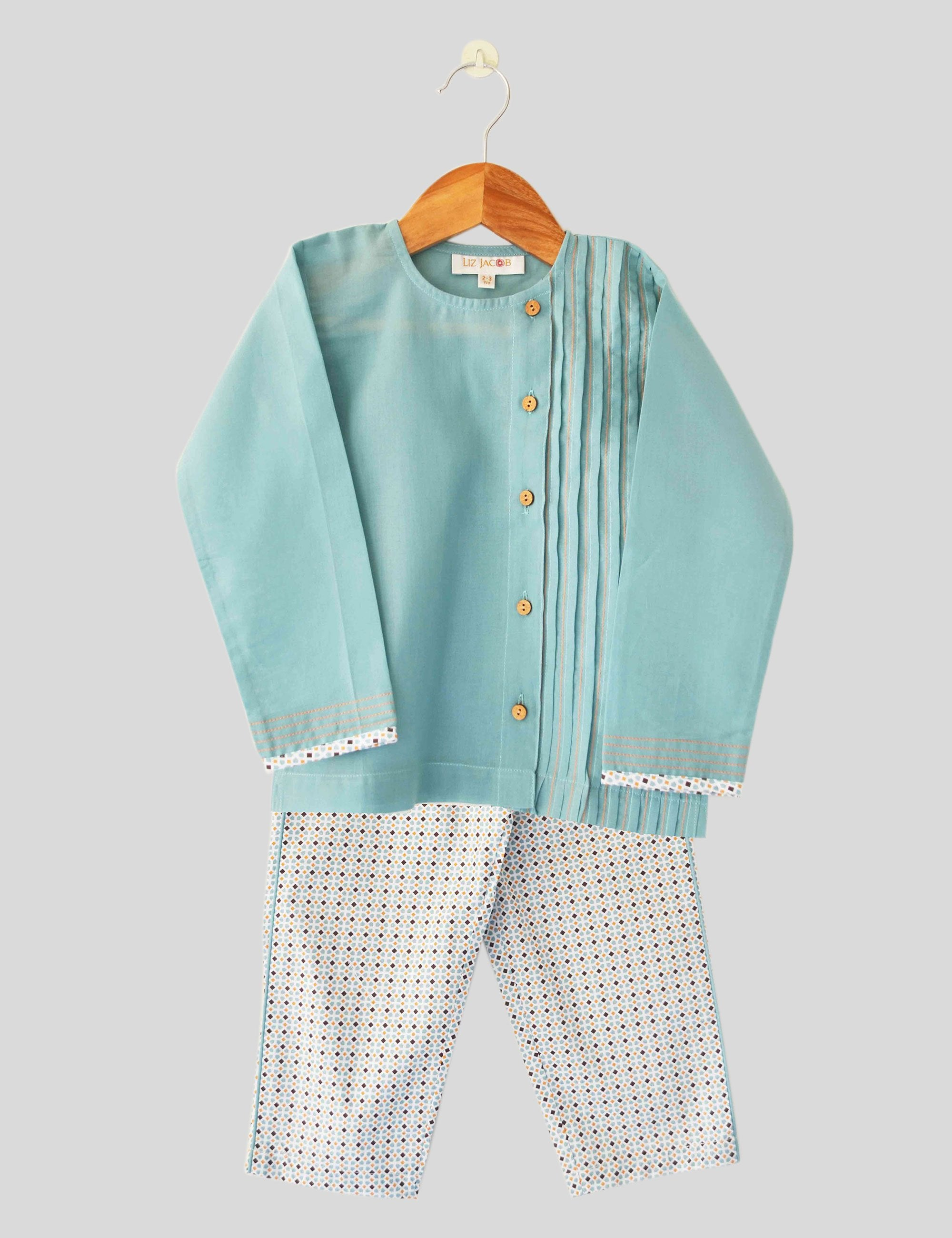 Kaleidoscope Pajama Set in Green and White Colour for Girls
