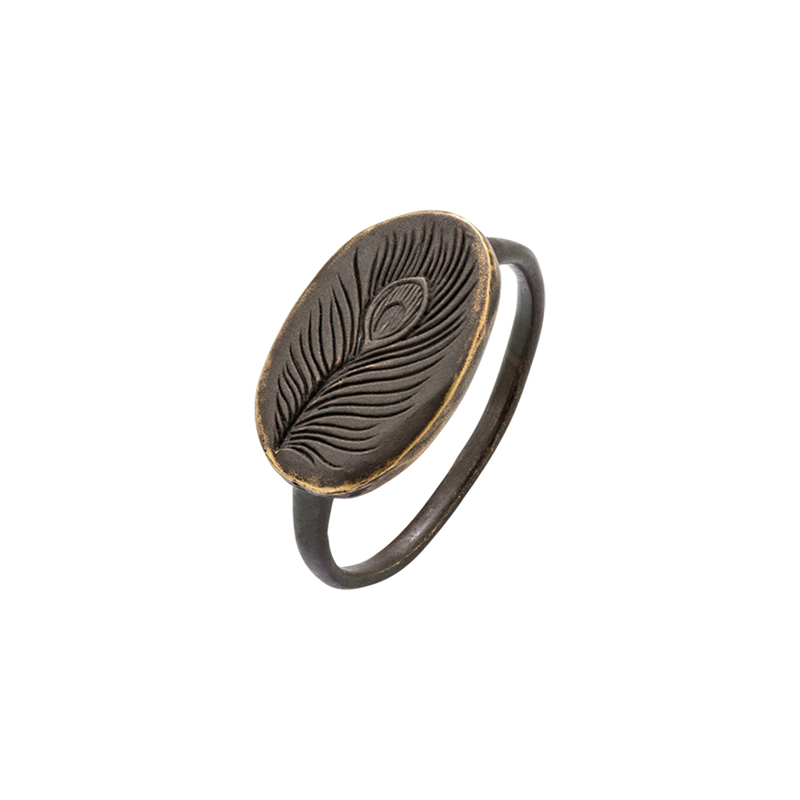 An engraved peacock feather plaque ring in blackened 18 karat yellow gold by Solange Azagury-Partridge