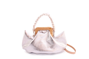 HALF MOON BAG metallic leather silver
