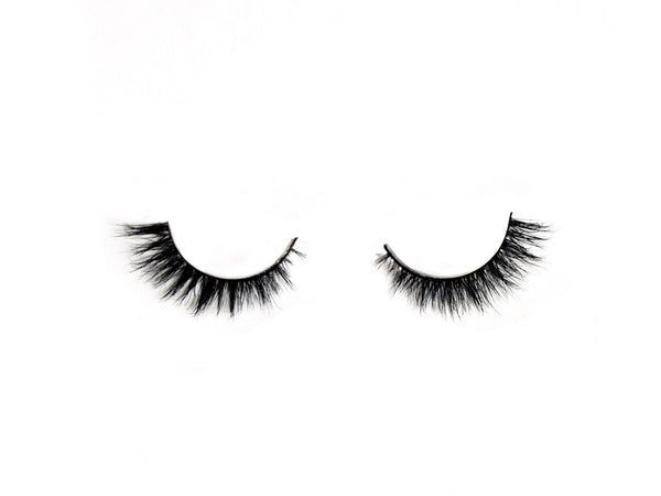 Shop Love Pretty Pretty Flare Lashes for Small Eyes