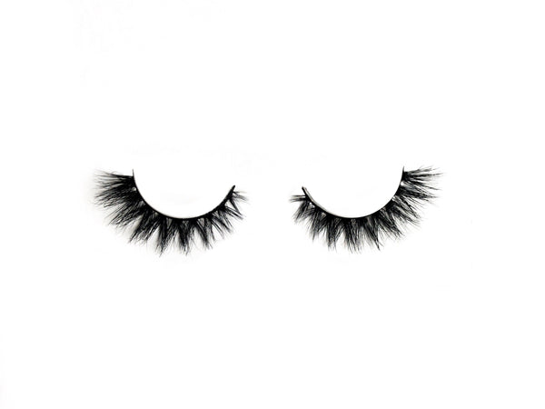 Shop Love Pretty Pretty Dramatic Lashes for Small Eyes